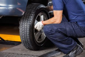 5 Signs Your Tires Need to Be Replaced in Lemon Squad