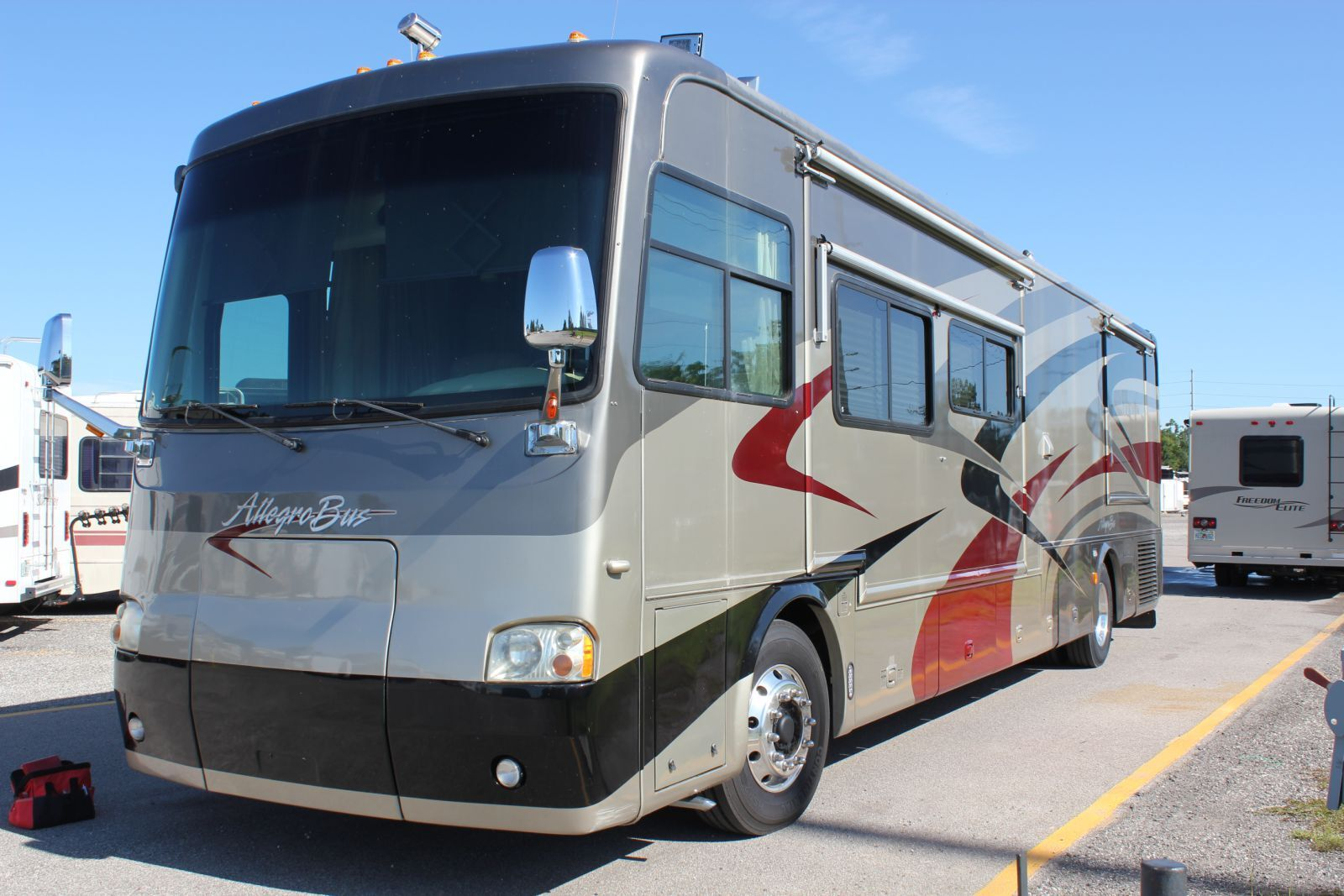 (Sample) An overall picture from one of our previous RV Inspections: 2005 Tiffin Allegro Bus